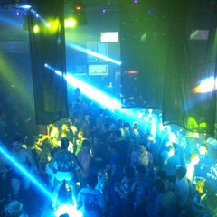 Photo taken at Weekend Club by Cássio T. on 3/31/2013