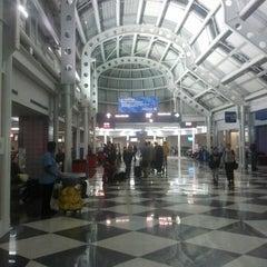 Photo taken at Phoenix Sky Harbor International Airport (PHX) by Boney C. on 9/4/2013