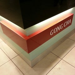 Photo taken at Gong Cha 贡茶 by Ron P. on 1/12/2013