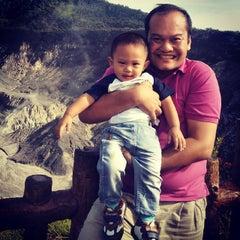 Photo taken at Gunung Tangkuban Parahu by Oggie J. on 6/16/2015