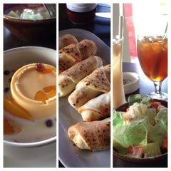 Photo taken at Pizza Hut by Angga H. on 8/16/2014