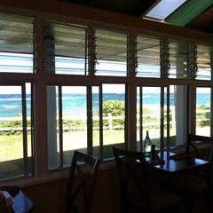 Photo taken at Mediterranean Gourmet by Stefanie W. on 9/15/2012
