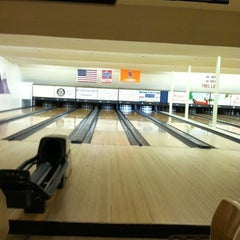 Photo taken at Bowl Incline by Whitney W. on 12/4/2012