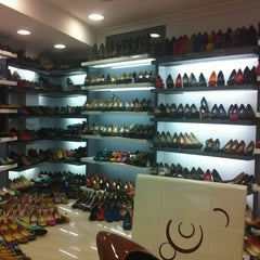Photo taken at Seoul Street (shoes Market) by Kamel B. on 10/15/2012