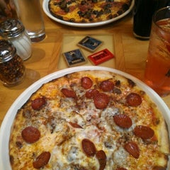 Photo taken at Matchbox Vintage Pizza Bistro by foodie huxtable on 4/19/2013