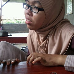 Photo taken at Waroeng Huhah by Nurul F. on 11/5/2012