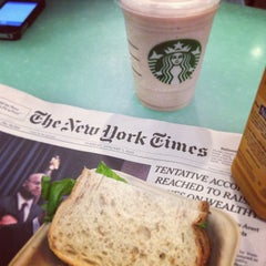 Photo taken at Starbucks by Franco H. on 1/2/2013