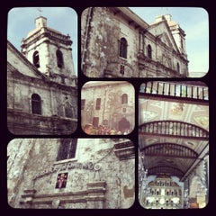 Photo taken at Basilica Minore del Santo Niño by Ella G. on 1/5/2013