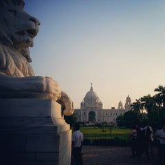Photo taken at Victoria Memorial by Shayan B. on 10/27/2012