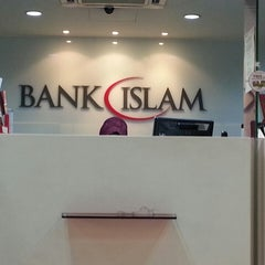 Photo taken at Bank Islam Taman Melawati by فايق و. on 4/30/2013