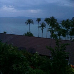 Photo taken at Koh Ngai Cliff Beach Resort by Kins L. on 12/11/2012
