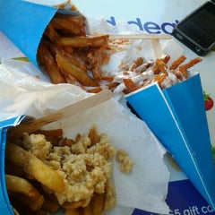 Photo taken at French Fry Heaven by Kristun S. on 10/12/2012