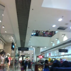 Photo taken at Shopping Metrô Santa Cruz by George on 1/20/2013
