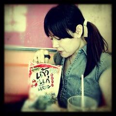 Photo taken at KFC (เคเอฟซี) by Sirisuda S. on 11/11/2012