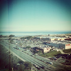 Photo taken at Embassy Suites Monterey Bay - Seaside by kenneth b. on 12/28/2014