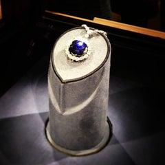 Photo taken at Hope Diamond Exhibit by Ena T. on 8/1/2013