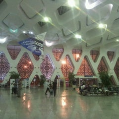 Photo taken at Aéroport de Marrakech Ménara | مطار مراكش المنارة‎  (RAK) by Monika M. on 9/17/2012