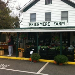Photo taken at Briermere Farms by Monique H. on 10/2/2012
