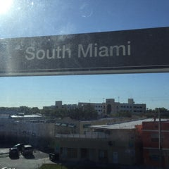 Photo taken at MDT Metrorail - South Miami Station by Rebeca P. on 4/5/2016