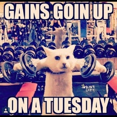 Photo taken at 24 Hour Fitness by 👻Pandabear👻 on 9/1/2015