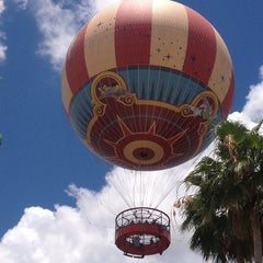 Photo taken at Characters In Flight by Carlos F. on 6/2/2013