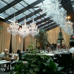 Photo taken at Isola Trattoria & Crudo Bar by HyeMi J. on 9/21/2012