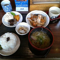 Photo taken at 蔵元豊祝 大和西大寺店 by Tadashi F. on 11/24/2012