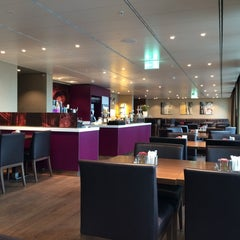 Photo taken at Executive Lounge | Marriott Hotel Berlin by sv H. on 2/28/2014