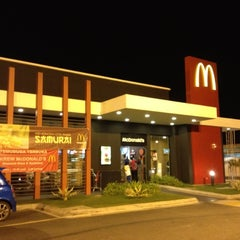 Photo taken at McDonald's by Han on 10/7/2012