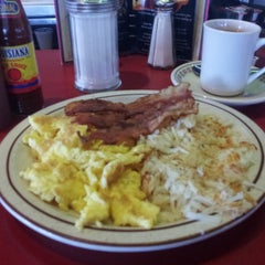 Photo taken at Deluxe Diner by Robert P. on 4/13/2013