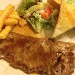 Photo taken at Steak - Kun,bangsean,chonburi by Giraffe J. on 11/18/2012