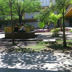 Photo taken at Univalle sede palmira by Helman O. on 6/19/2012