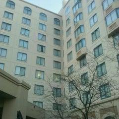 Photo taken at Sheraton Suites Columbus by Karreno on 12/12/2011