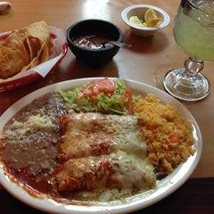 Photo taken at El Taco Asado by Benjamin K. on 9/3/2014