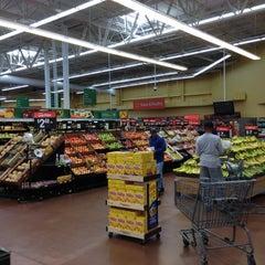 Photo taken at Walmart Supercenter by 🚇ⓂRailkingⓂ🚇 on 5/6/2013