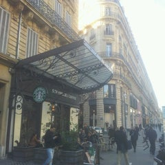 Photo taken at Starbucks by Alessandro C. on 1/5/2013