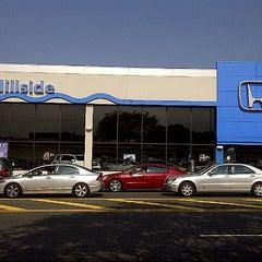 Photo taken at Hillside Honda by Baileyz® on 9/27/2012