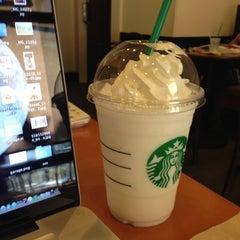Photo taken at Starbucks Coffee ひたち野うしく店 by Masashi O. on 11/13/2012