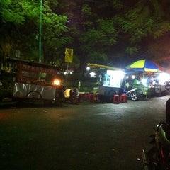 Photo taken at Bundaran GKB by Ieben U. on 7/22/2014