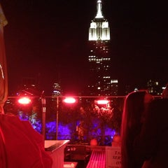Photo taken at 230 Fifth Rooftop Lounge by Maite A. on 10/26/2013