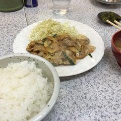 Photo taken at 吉兆 恵比寿店 by Ryuji K. on 2/20/2016