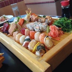 Photo taken at Sushi Avenue by Johnny W. on 6/28/2013