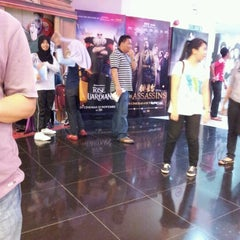 Photo taken at Eastern Cineplex Tawau by Alma Johanna on 10/20/2012