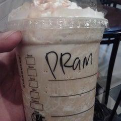 Photo taken at Starbucks by Hanif P. on 6/22/2015