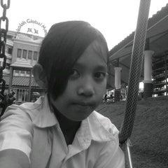Photo taken at Sekolah Global Mandiri Cibubur by ♊sti Ƥutri Ɲ. on 10/24/2012
