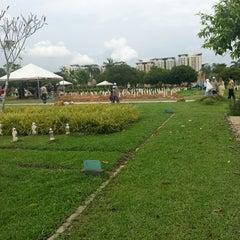 Photo taken at Tanah Perkuburan Islam Presint 20 by Lee P. on 12/7/2013