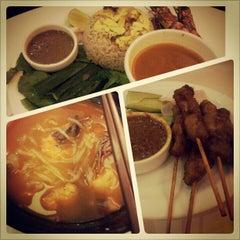 Photo taken at Secret Recipe by YuMi C. on 12/21/2012