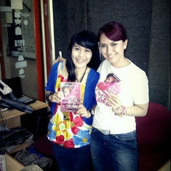 Photo taken at 94.4 fm OZ RADIO LAMPUNG by Diach Maharani on 11/10/2012