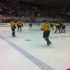 Photo taken at Knoxville Civic Audiotorium & Coliseum by Tamara D. on 11/18/2012