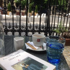 Photo taken at Grand Café Galleron by Ergian C. on 5/11/2014